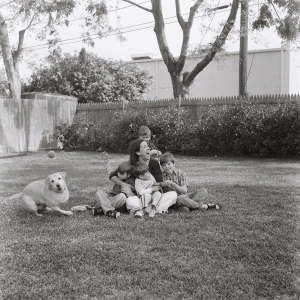 and this is REAL LIFE, my sister, her kids, the dog!