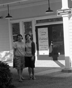 Elizabeth and Lynn @Ziabird-photo by Ted